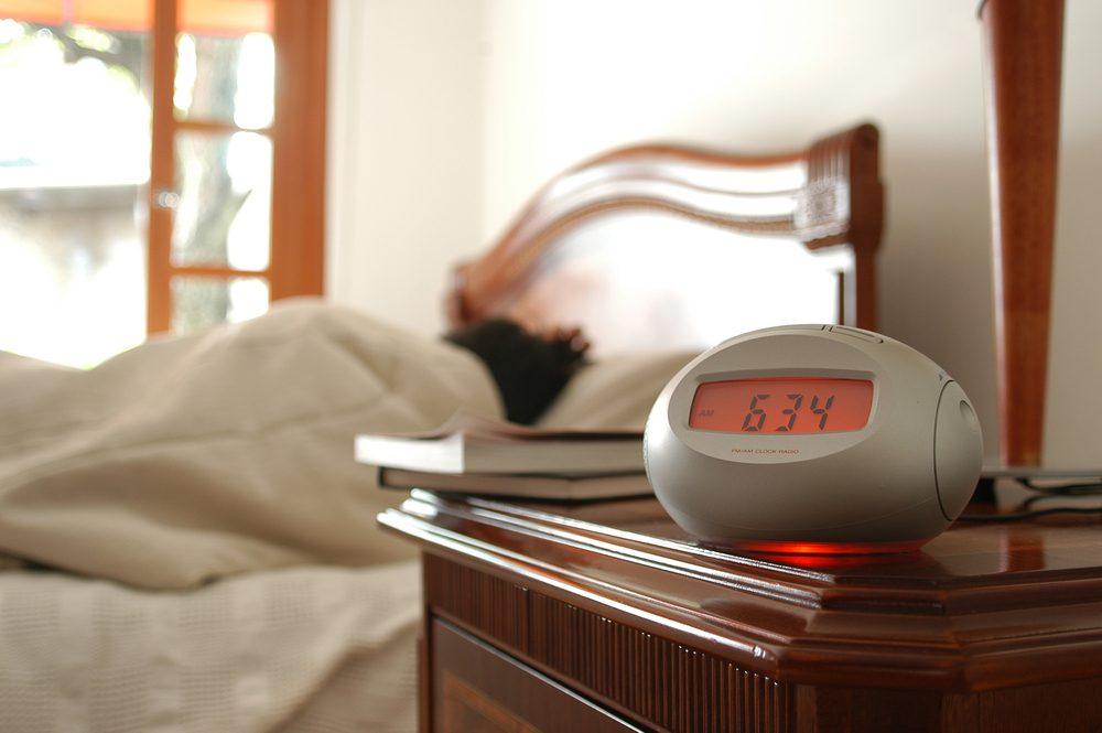 How to Choose the Best Alarm Clock With Radio