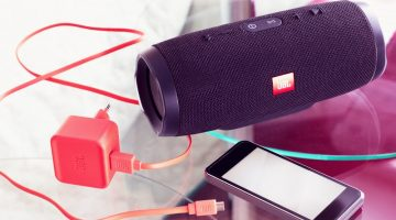 How to Charge JBL Flip 3 & 4